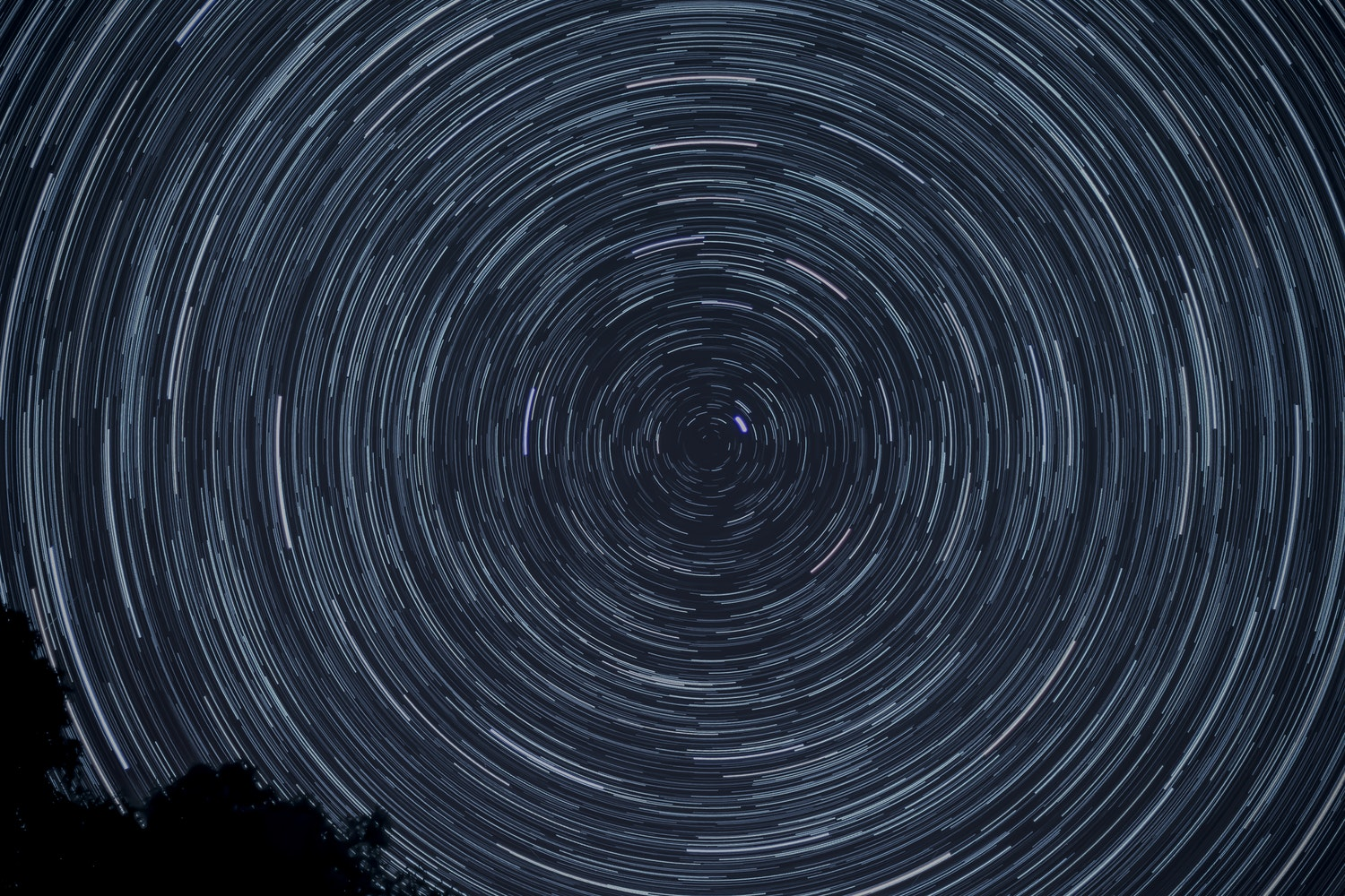 star trails at night sky photography