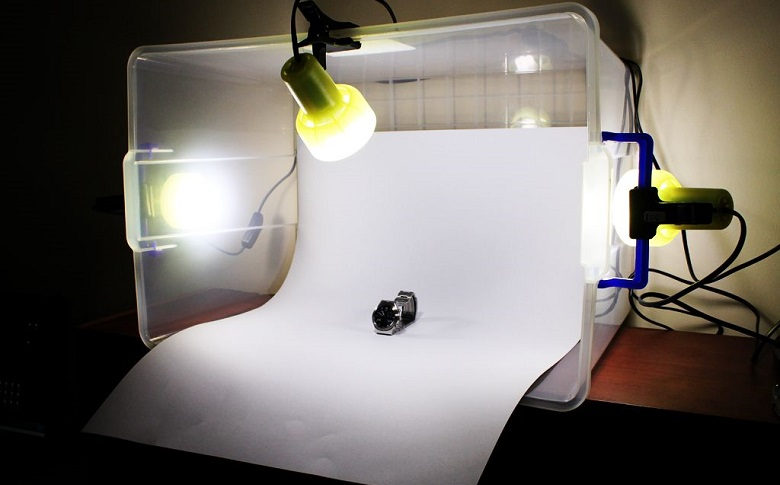 What are the benefits of a photography light box?
